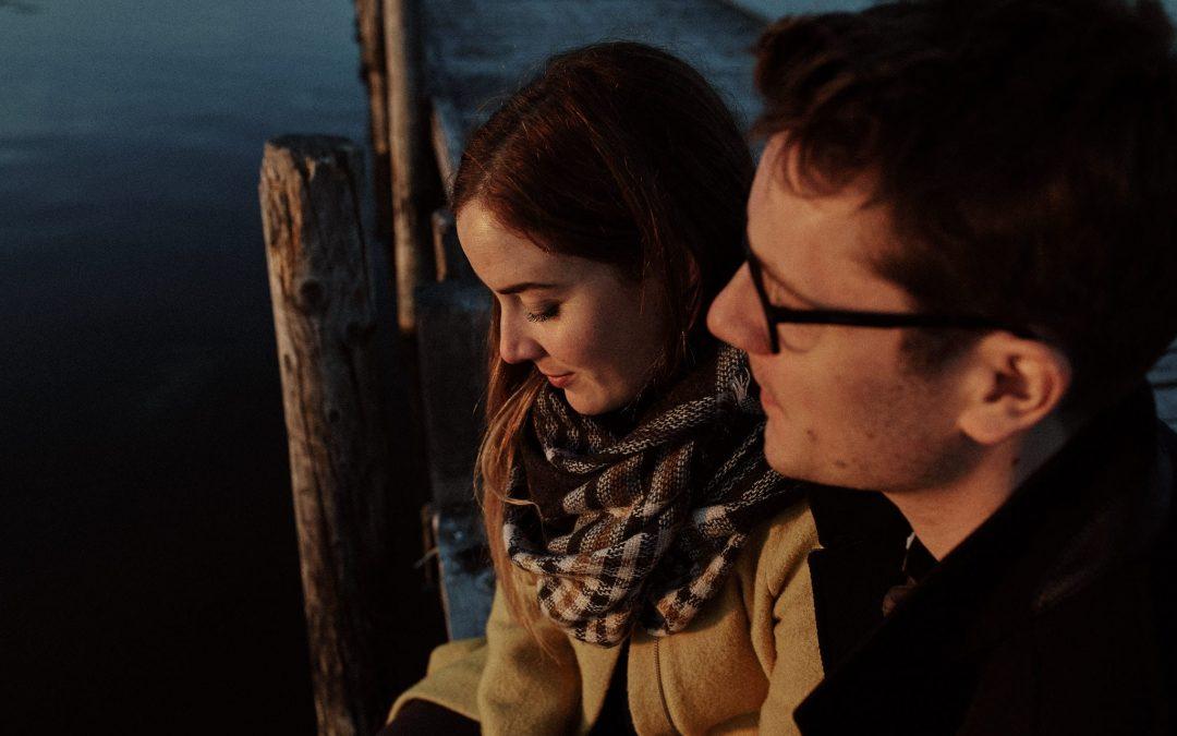 Janine & Frederik – Paarshooting im Sonnenuntergang am Steinhuder Meer