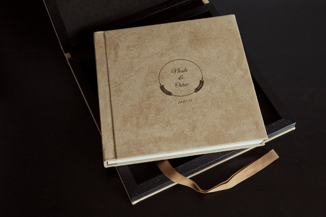 Wildleder-Elegance-album-with-box